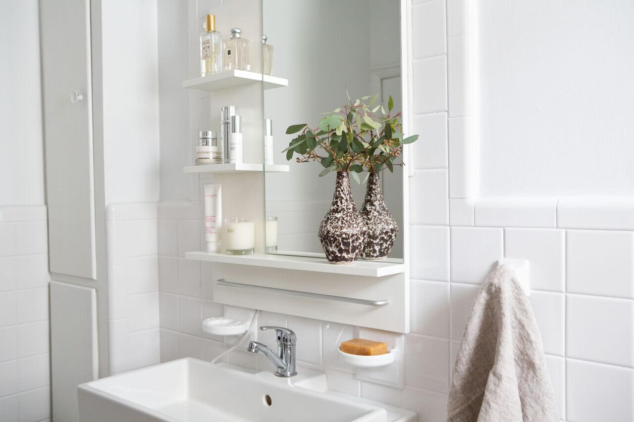 Top 6 Excellent Bathroom Decorating Ideas On A Budget