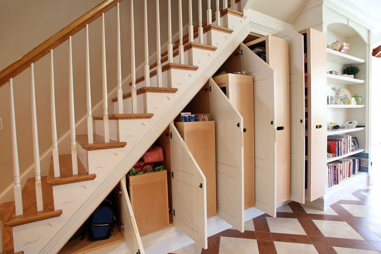 Installation of the under the stair shelves for your small apartment