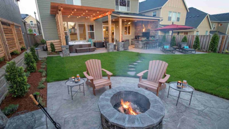 Use These Backyard Patio Designs and Make It Attractive