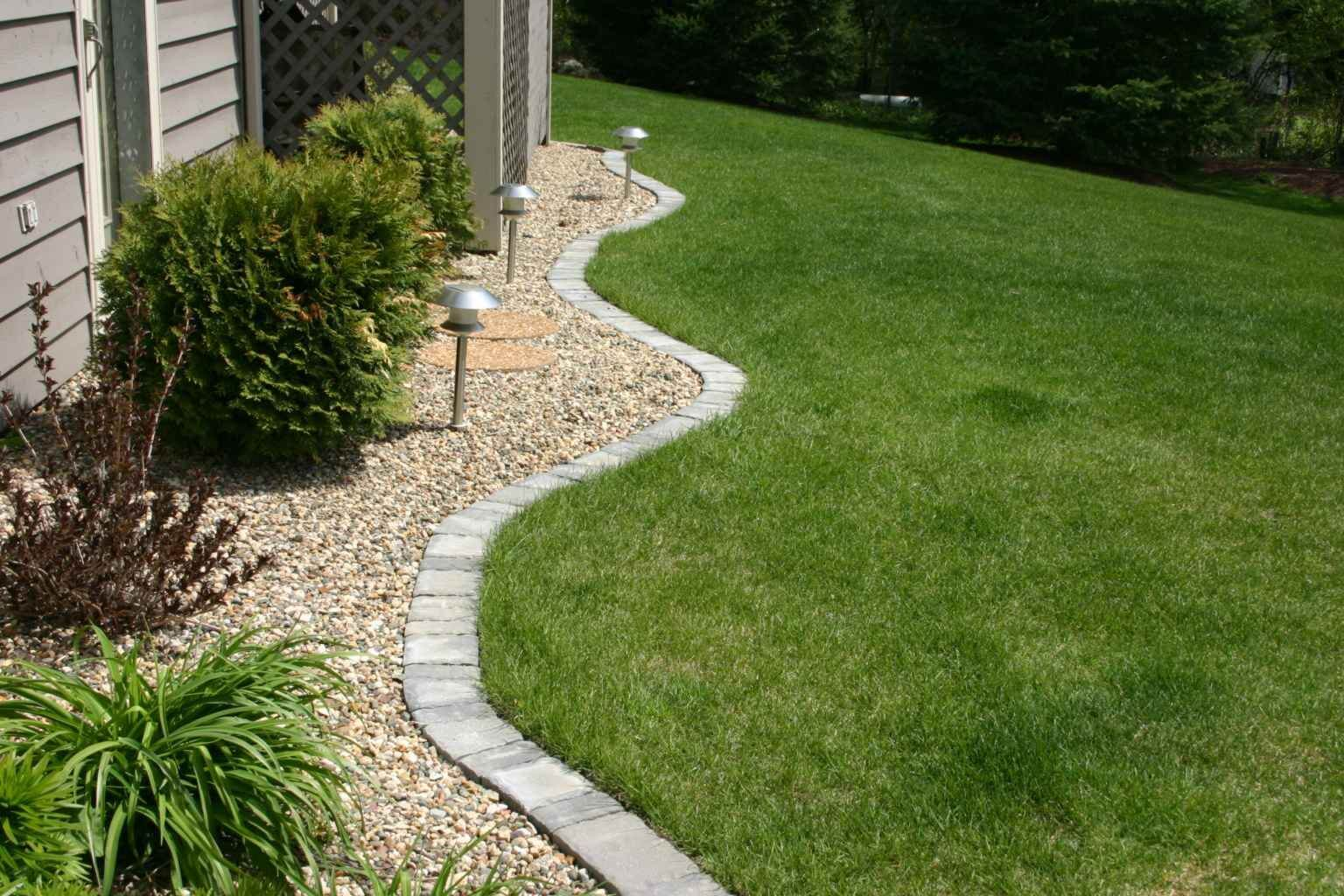 Grass bed paver