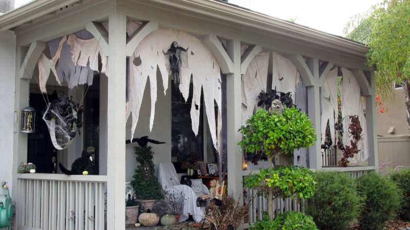 Amp Up Your Halloween Decoration With These Exciting Ideas