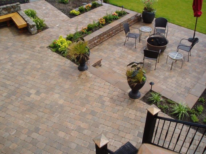 Know How You Can Create An Amazing Paver Surface For Your Patio