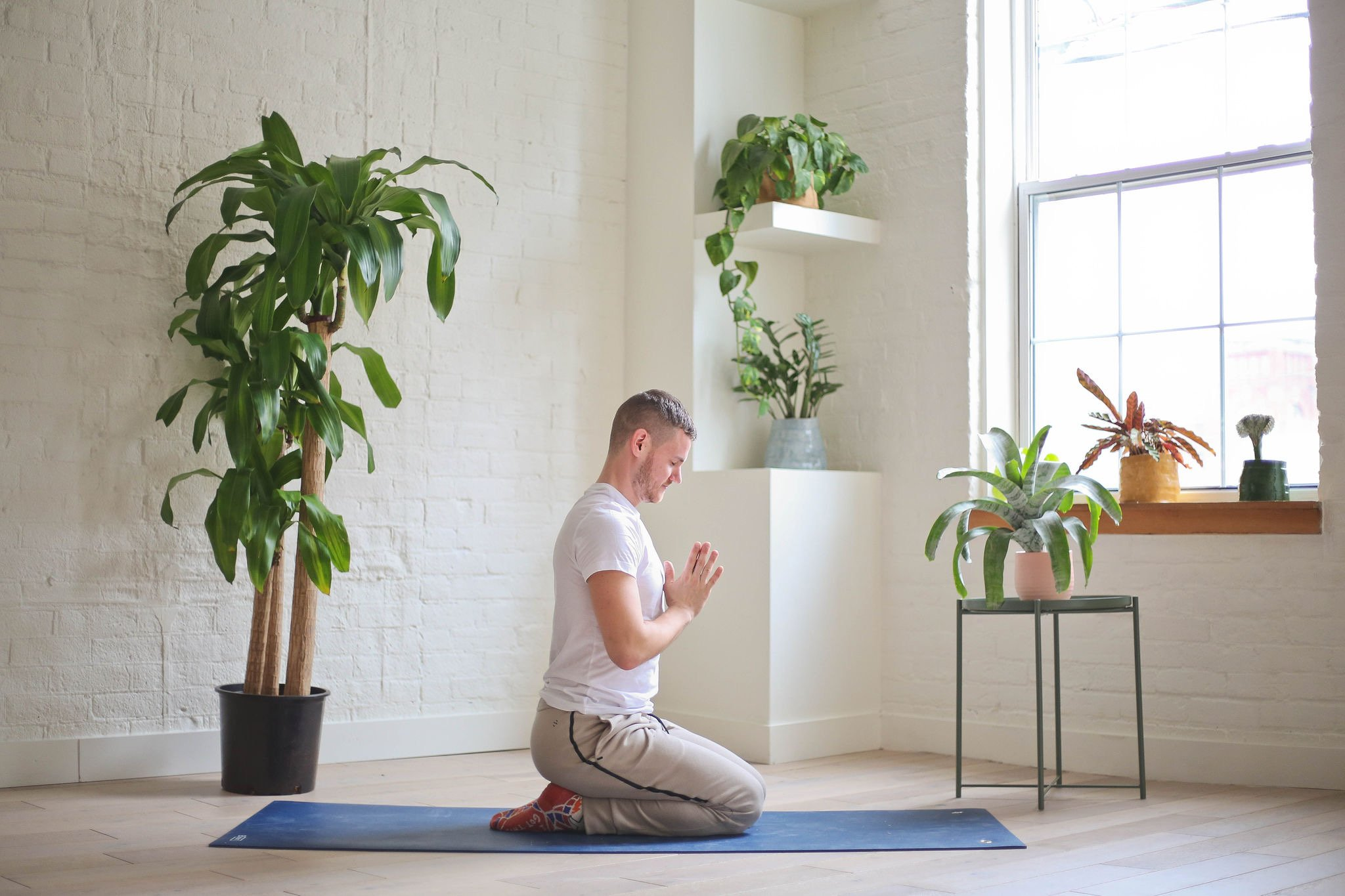 How To Set Up A Peaceful Home Yoga Studio