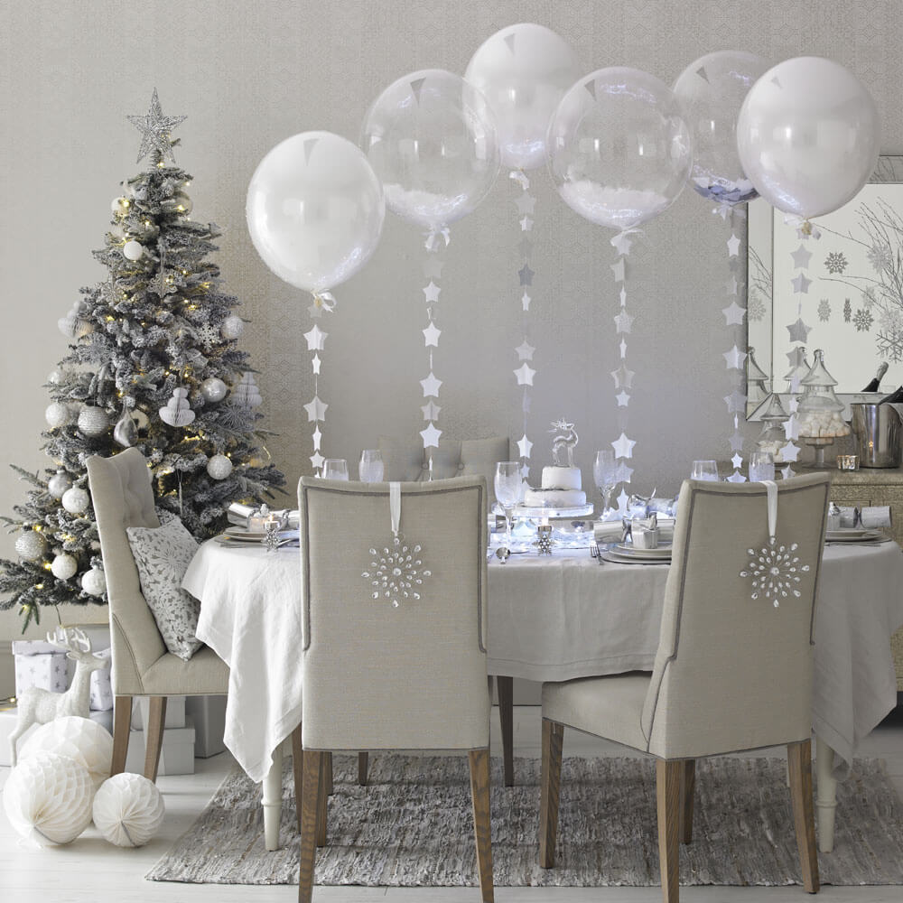 Christmas Dining Space decor with balloon