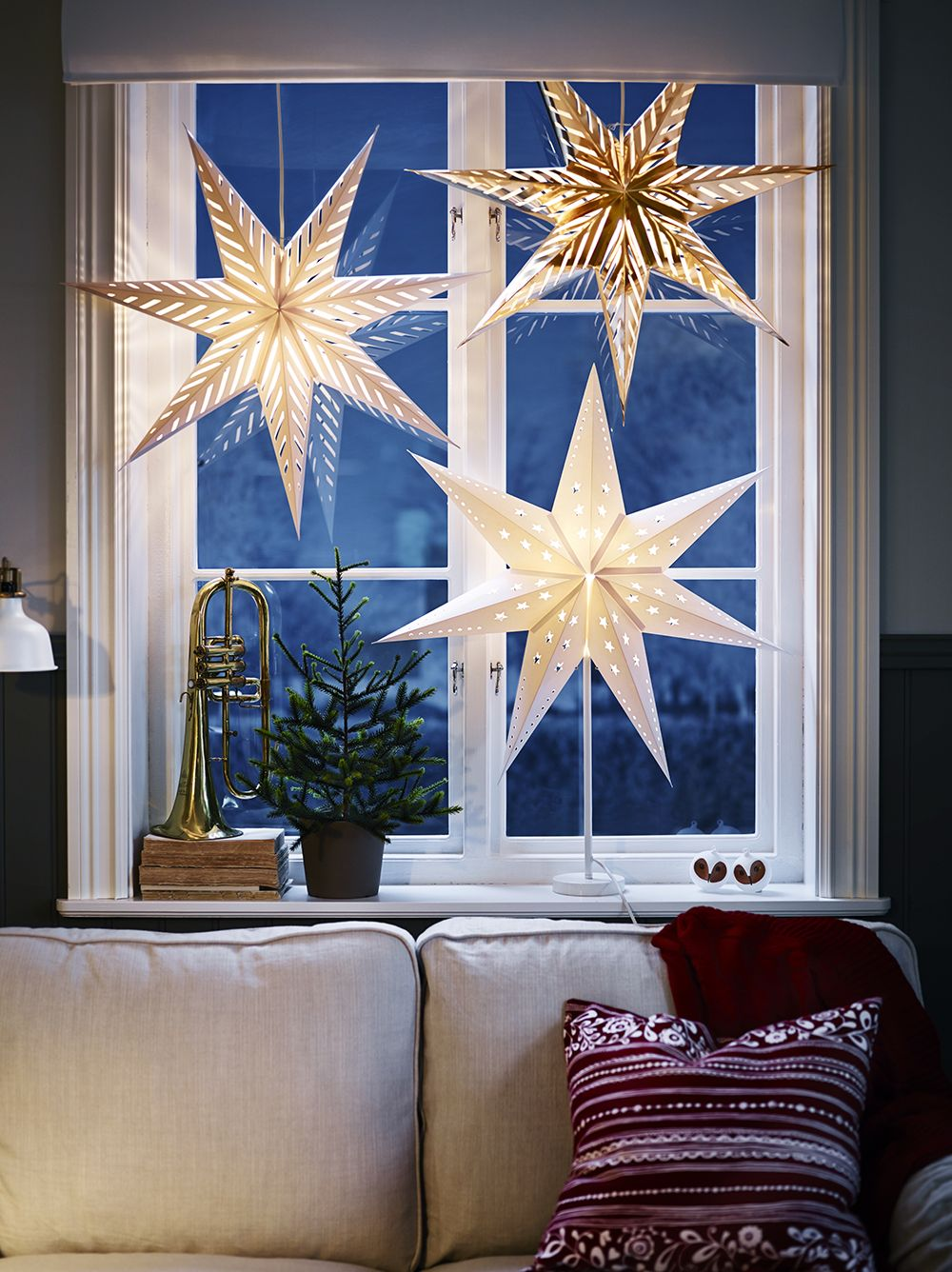 Christmas Window Decoration Lights and Lanterns
