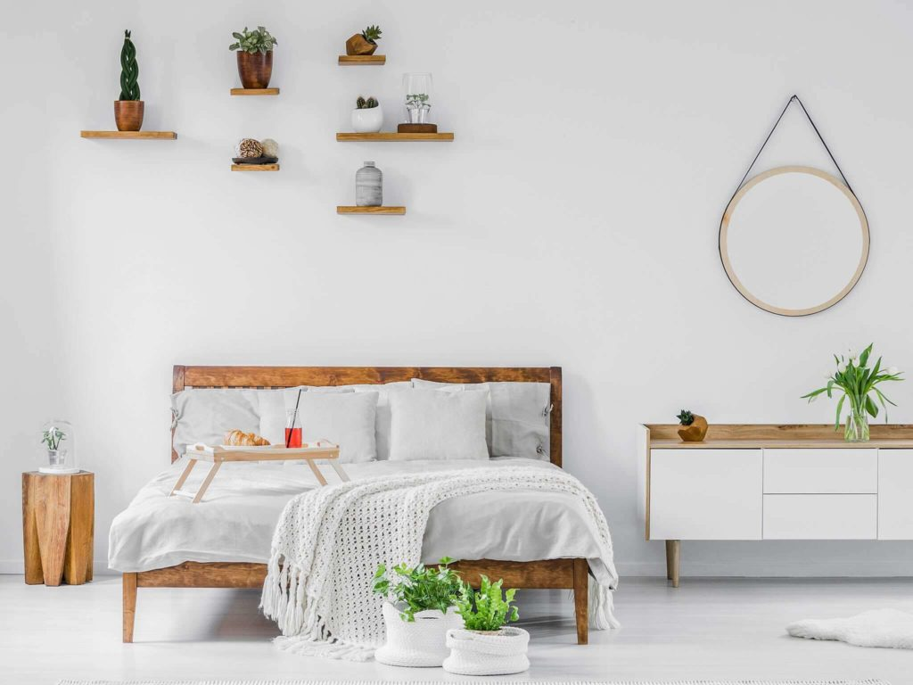 8 Best Unique Ideas for Decorating a Beautiful Small Bedroom