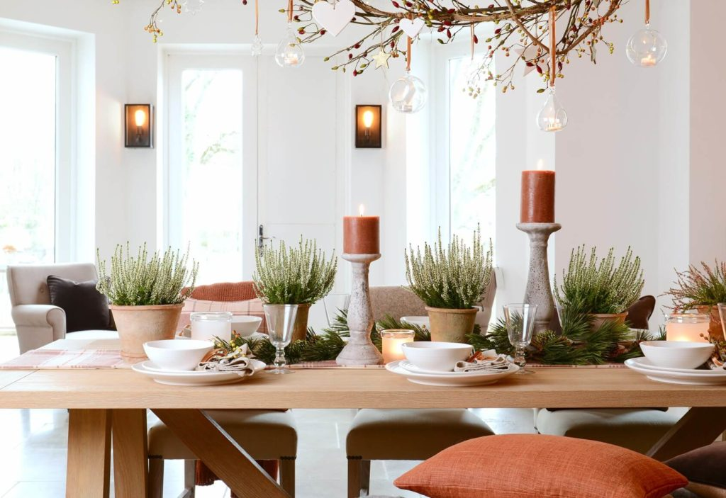 Timeless and Simple Farmhouse Dining Room Ideas for a Charming Look