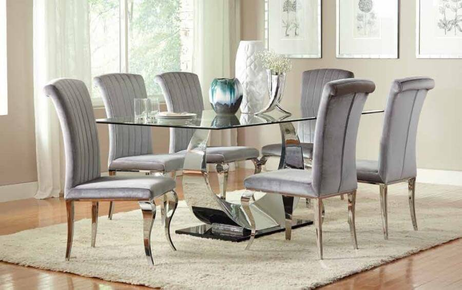 Points To Keep In Mind While Selecting The Dining Room Rugs