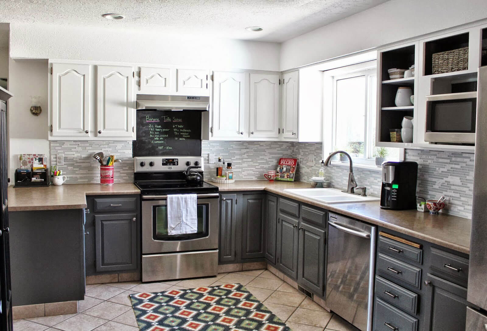 two tone kitchen cabinets