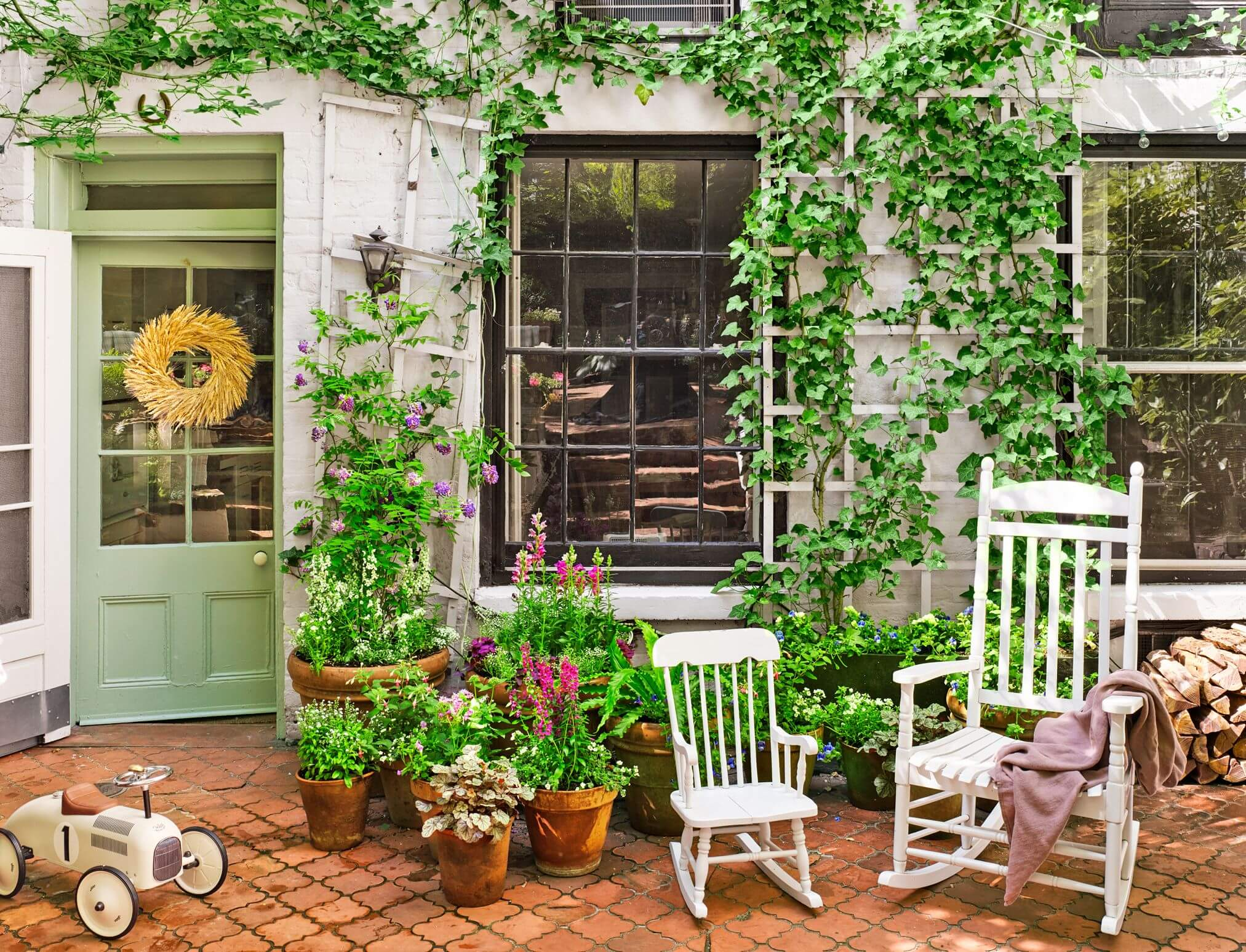Beautiful And Attractive Pots in patio
