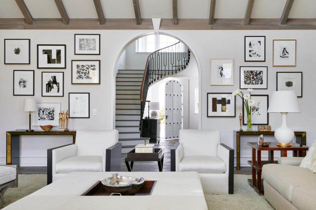 Best Living Room Wall Decor Ideas To Enhance The Interior