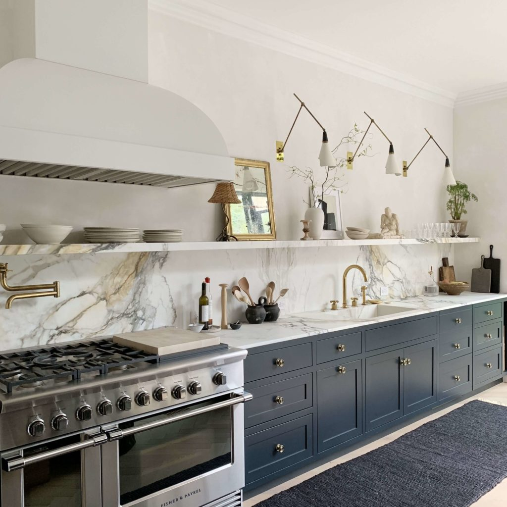 Marble Open Shelves in the Kitchen