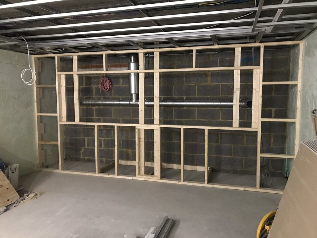 how to build a wall frame