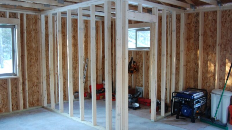 How to Build a Wall Frame? Know the DIY Steps Today