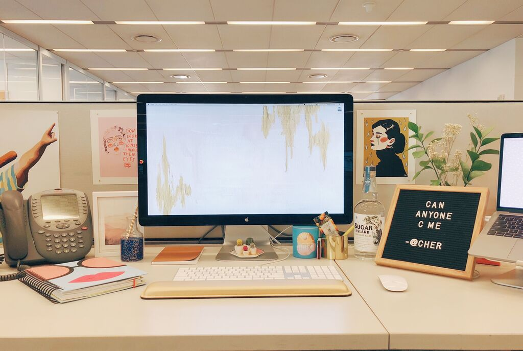Office Desk Decor Ideas: Make Your Cubicle Look the Best With Them