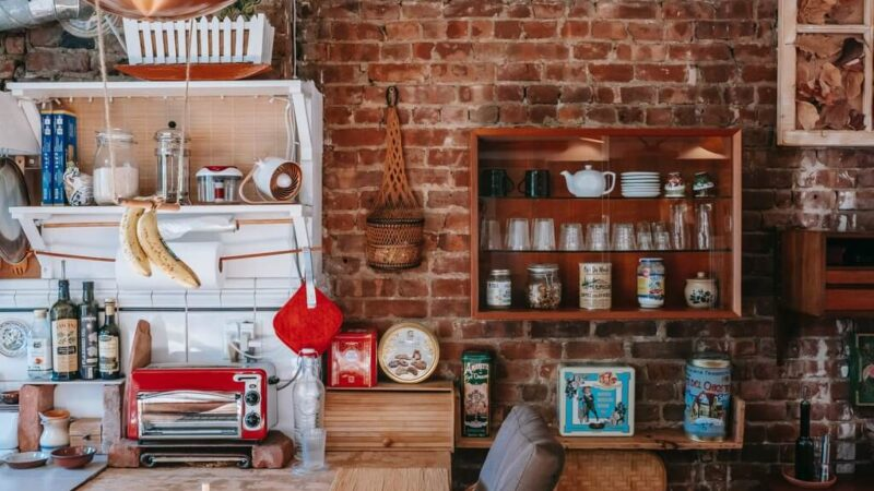 Add Timeless Charm to Your Home with Vintage Wall Decor Ideas