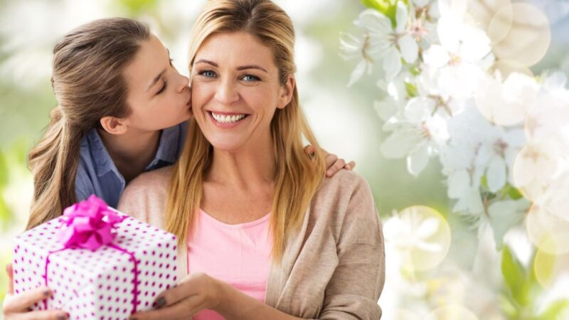 17 DIY Mother's Day Gift Ideas 2021: The Ultimate Guide