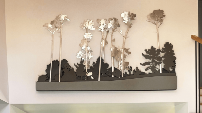 4 Metal Art Ideas to Decorate and Beautify an Empty Wall at Home